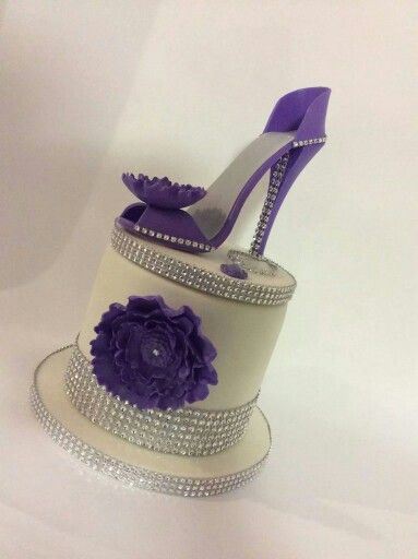 Diva theme cake...I would love this! !