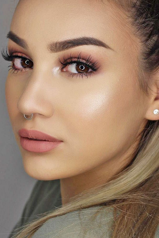 Pretty And Natural Makeup Ideas For Brown Eyes 40 Light Makeup