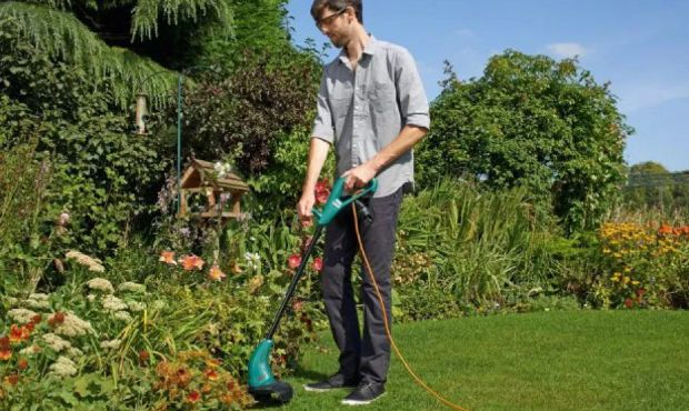 Best Weed Eater Reviews 2018 - Best New String Trimmer Reviews - The Filix