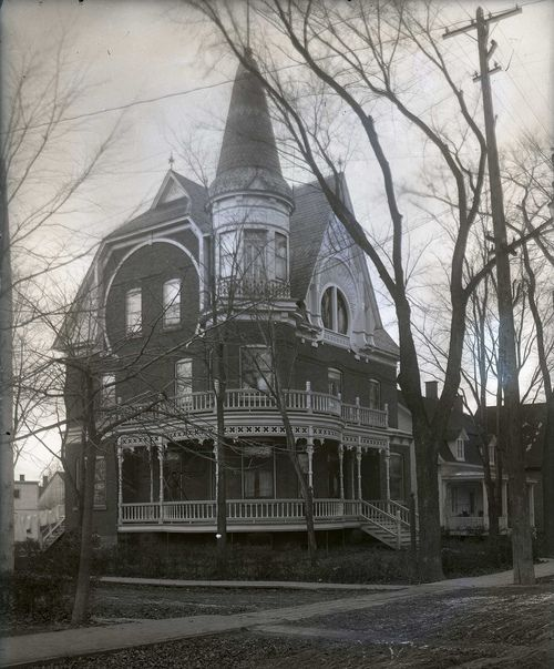 I can only dream: Gothic Home, Victorian Homes, Dream Homes, Dream House, Haunted House, Beautiful, Places, Architecture, Victorian Houses