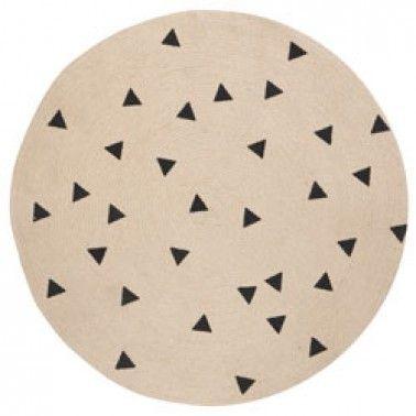 Leuk om te hebben-mooi tapijtje in jute-triangle-Ferm Living-8567-Op zoek naar een leuk tapijt voor de kinderkamer of de speelkamer? Dan is dit mooie ronde tapijt met zwarte triangles zeker iets voor jou!Materiaal: 1