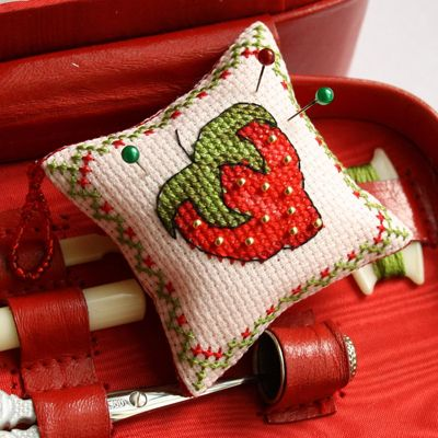 COUNTED CROSS STITCH PATTERNS BY FABY REILLY