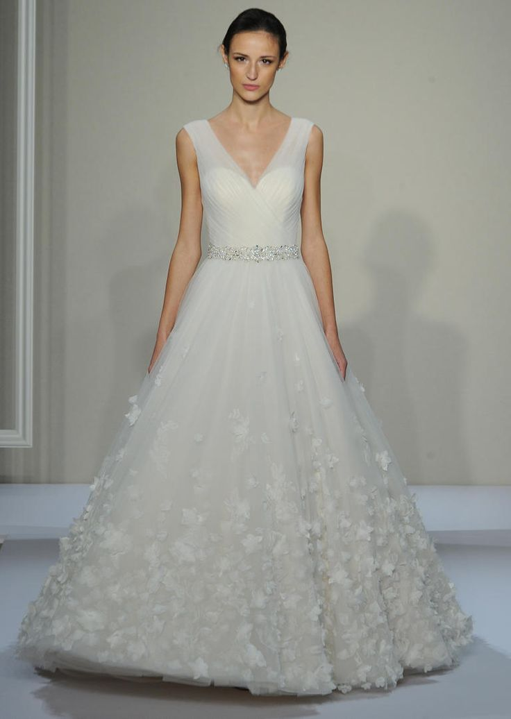 See Dennis Basso's Classic Wedding Dress Collection for Fall 2016 | https://www.theknot.com/content/dennis-basso-wedding-dresses-bridal-fashion-week-fall-2016