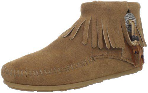 Minnetonka Concho Feather Boot, Damen Kurzschaft Mokassin Boots, Beige (Taupe 7T), 40 EU - http://on-line-kaufen.de/minnetonka/40-eu-minnetonka-concho-feather-side-zip-boot-527t