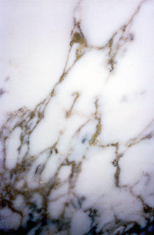 1000 images about marmol en pinterest cuevas gabinetes for Pisos de marmol de carrara