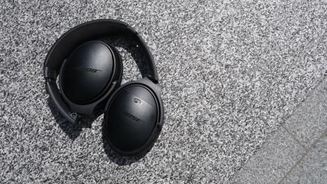 Wireless headphone sales booming after iPhone 7 announcement
