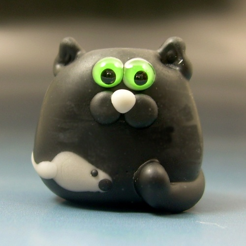LUCKY the Black Flat Cat with Mouse: Mice, Cats, Lampwork Lucky, Glasses Beads, Mouse Par, Black Flats, Beads Sra, Flats Cat