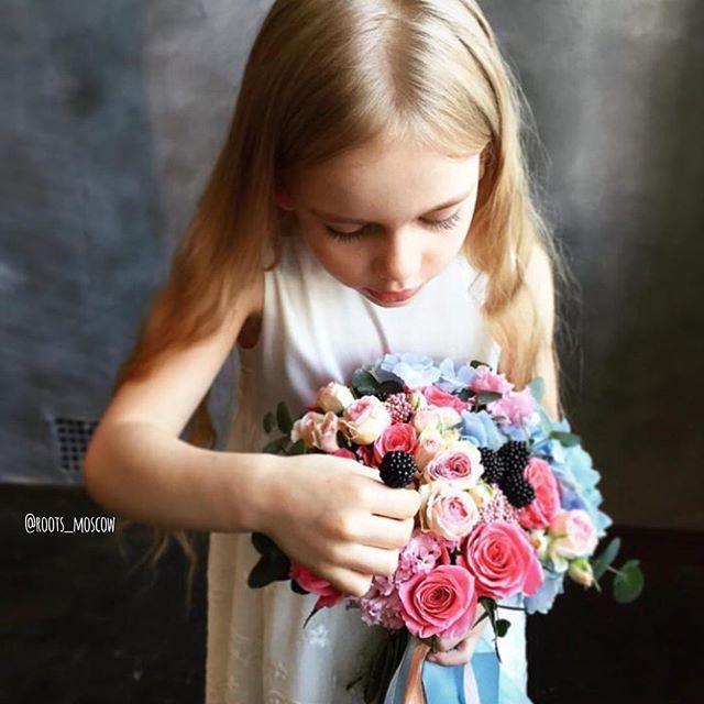 С праздником Светлой Пасхи, друзья!  Малышка София в объективе @photoskargas на съёмках нашей детской коллекции букетов  Скоро... На roots-store.ru #roots#roots_moscow#roots_flowers#цветымосква#доставкацветовмосква#цветысдоставкоймосква#нежность#цветылюбимой#bloom#sendflowersmoscow#moscow#flowers#flower#blossom#sopretty#spring#summer#nature#beautiful#pretty#flowerslovers#botanical#flowermagic#instablooms#bloom#blooms#botanical#floweroftheday#flowersporn#flowersmood#flowerstagram