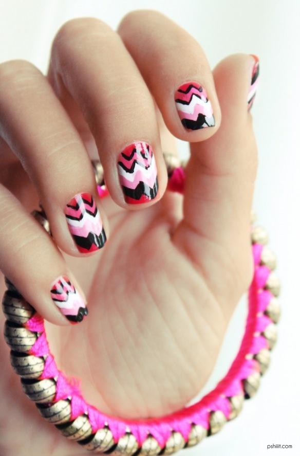 MISSONI  Nails: Nails Care, Nails Art, Polish Nails, Black White, Nails Ideas, Nails Polish, Popular Nails, Zig Zag Nails, Pink Chevron Nails