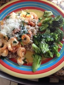 Shrimp with tomatoes, spinach and basil.  Delicious and 21 day fix friendly!