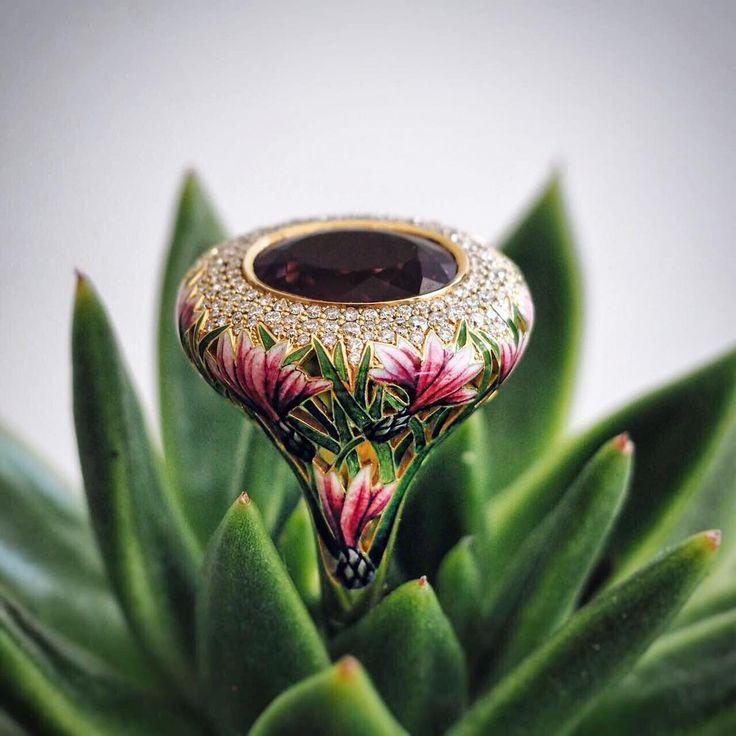 """Ilgiz F """"Lotus"""" ring"""