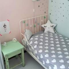 Gestylde meisjeskamer pastel door kinderkamervintage: rustieke & brocante Kinderkamer door Kinderkamervintage