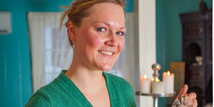 Årets unge bygdegründer i 2014 var med på Gründertrening samme år for å ta bedriften enda et steg videre. Synnøve Galaasen Olsen er matformidler og kokk på Akre gård i Trysil og serverer lokale smaker.