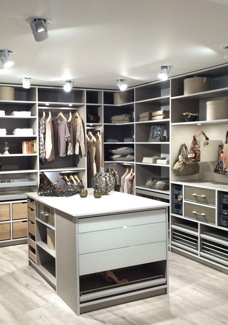 einbauschr nke nach ma begehbare kleiderschr nke in 2019 begehbare kleiderschr nke. Black Bedroom Furniture Sets. Home Design Ideas
