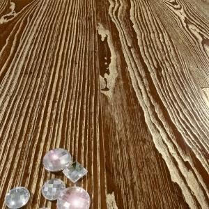 Gold Dust with Swarovsky inserts - Ash Tree - brushed. Frassino Polvere Oro con inserti Swarovsky.