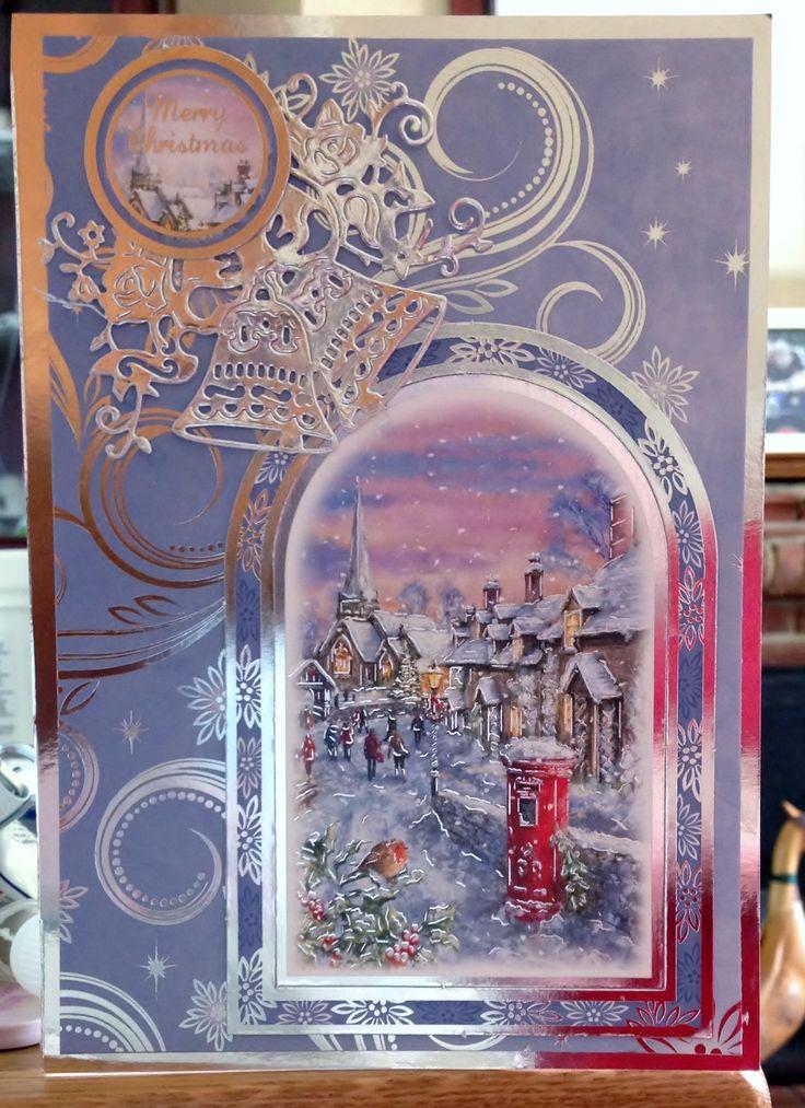 Christmas Card (69) - A5 - Hunkydory 'Traditional Christmas'