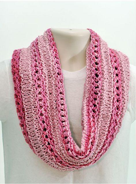 Free Knitting Pattern For Eyelet Cowl : Free Pattern: Stripped Eyelet Cowl Tejido bufandas gorros Pinterest A w...