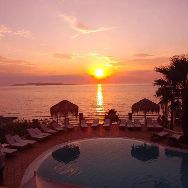 Our friend @onneveld took this magnificent photo of the #Sunset, at #DelfinoBlu!