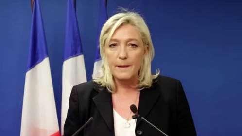 #موسوعة_اليمن_الإخبارية l فرنسا: لوبان تدشن حملتها الانتخابية بنسخة مطابقة لحملة ترامب