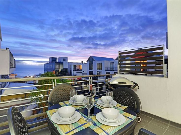 Eden On The Bay 129 - Enjoy a vacation in this fully equipped, beautifully decorated two-bedroom apartment in the shopping and lifestyle complex Eden on the Bay, Big Bay. The beautiful main interior is open plan with the kitchen ... #weekendgetaways #bloubergstrand #capemetropole,blaauwberg #southafrica