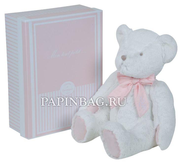 Мягкая игрушка медведь в подарочной коробке  http://papinbag.ru/blog/%d0%bc%d1%8f%d0%b3%d0%ba%d0%b0%d1%8f-%d0%b8%d0%b3%d1%80%d1%83%d1%88%d0%ba%d0%b0-%d0%bc%d0%b5%d0%b4%d0%b2%d0%b5%d0%b4%d1%8c-%d0%b2-%d0%bf%d0%be%d0%b4%d0%b0%d1%80%d0%be%d1%87%d0%bd%d0%be%d0%b9-%d0%ba/ Мягкая игрушка медведь в коробке Франция Развивающие мягкие игрушки французских производит�