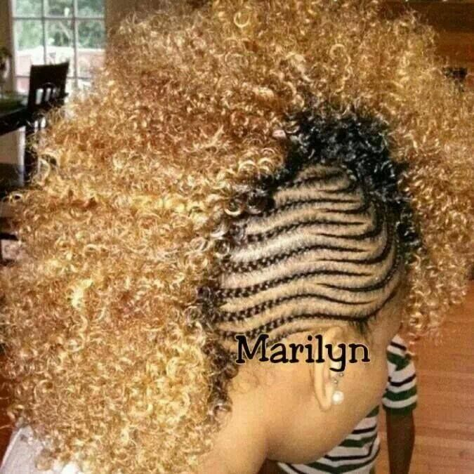 Mohawk with braids on the side. Hair Pinterest
