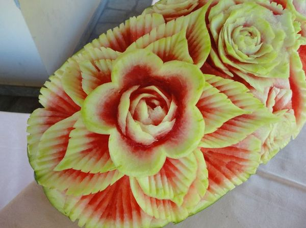 10 beautiful Fruit and Vegetable Carvings | Fruit & Vegetable Carving