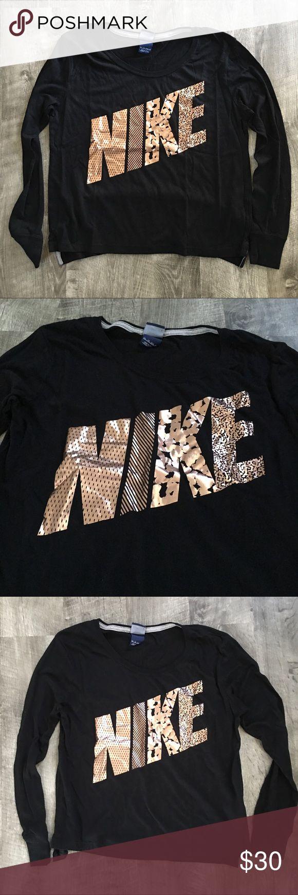 Nike rose gold slouchy long sleeve XS Very lightly worn. Like new. Nike Tops Tees - Long Sleeve