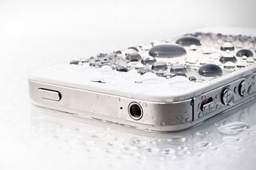 Liquipel ($59-$79): Liquipel is a crazy substance that actually makes your smartphone waterproof!