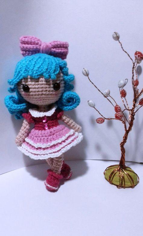 Padrão amigurumi de boneca de crochê