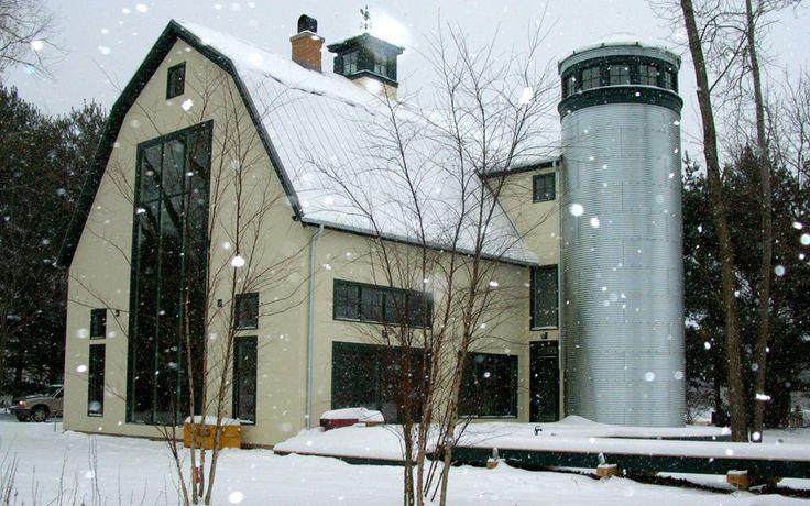 488 best farmhouse modern images on pinterest tiny for Modern pole barn house