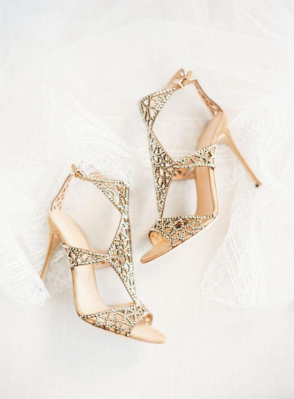 Elegant Bridal Shoes bySergio Rossi | Classic Wedding Inspiration By Rachel May Photography #sergiorossibridal