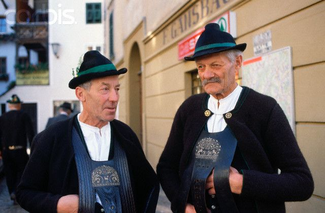 Traditional Italian Clothing | Italian Men in Traditional Dress - VR001306 - Rights Managed - Stock ...