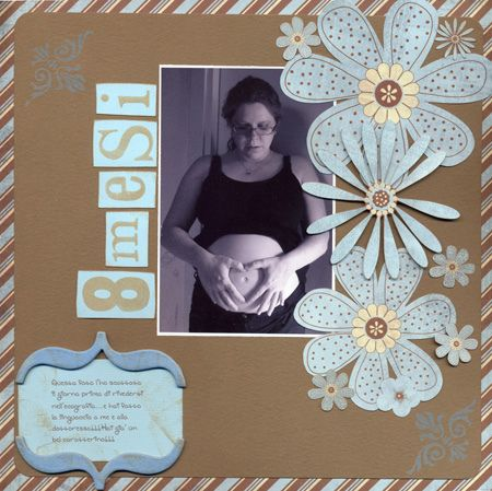 I love brown and blue. With the big flowers, this is perfect. #Scrapbooking #layout