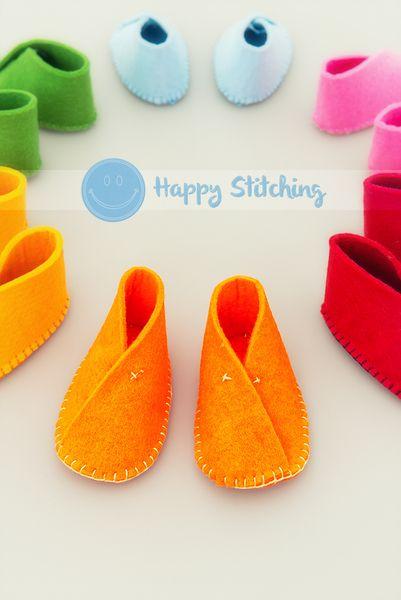 Scarpine in feltro - Colore Arancio di Happy Stitching su DaWanda.com