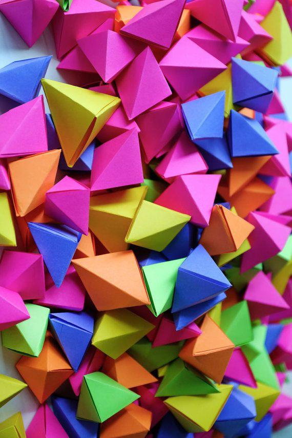 Custom Geometric Origami Shapes for Wedding Center by MONDOvillage