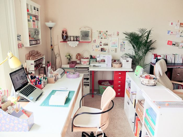 Beautiful Crafting Space from Mayholic in Crafts