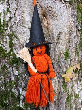 Sorcière d'Halloween en laine et feutrine