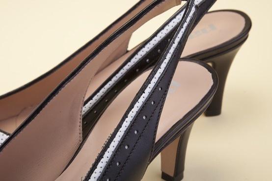 You are going to love Pakerson details. Wear handmade shoes. - Amerai i dettagli Pakerson. Indossa le scarpe artigianali Italiane. http://store.pakerson.it/high-heel-decolletes-27285-nero-bianco.html