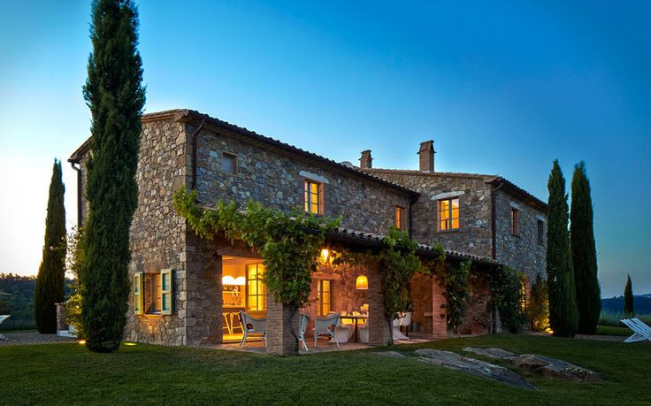 Our experts' pick of the top 10 self-catering and villa holidays in Italy for   2015, in destinations including Tuscany, Umbria, Liguria, Sardinia and   Venice