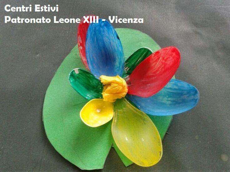 Attività Creative Per Bambini: La creatività ai Centri Estivi - Ninfee con i cucchiai di plastica