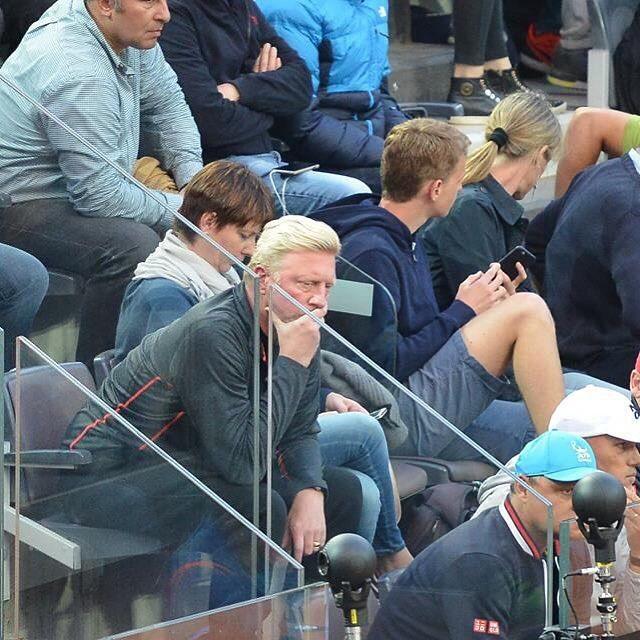@borisbeckerofficial coach di @djokernole mentre assiste al match #ibi16 #Frecciatennis