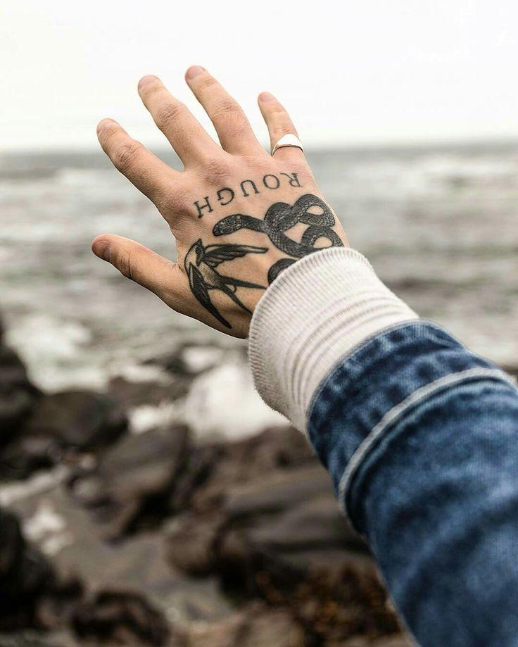 Hand tattoos snake