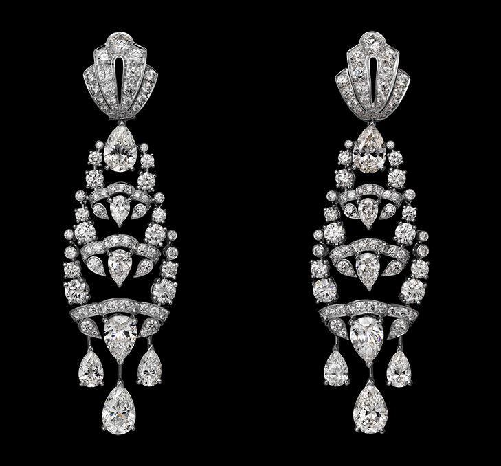 Indian Influences – High Jewelry Earrings Platinum, pear-shaped diamonds, rose-cut diamonds, brilliants.