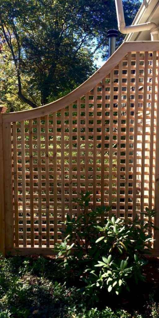 08 Diy Cheap Privacy Fence Design Ideas In 2020 Lattice Fence Panels Lattice Fence Fence Design
