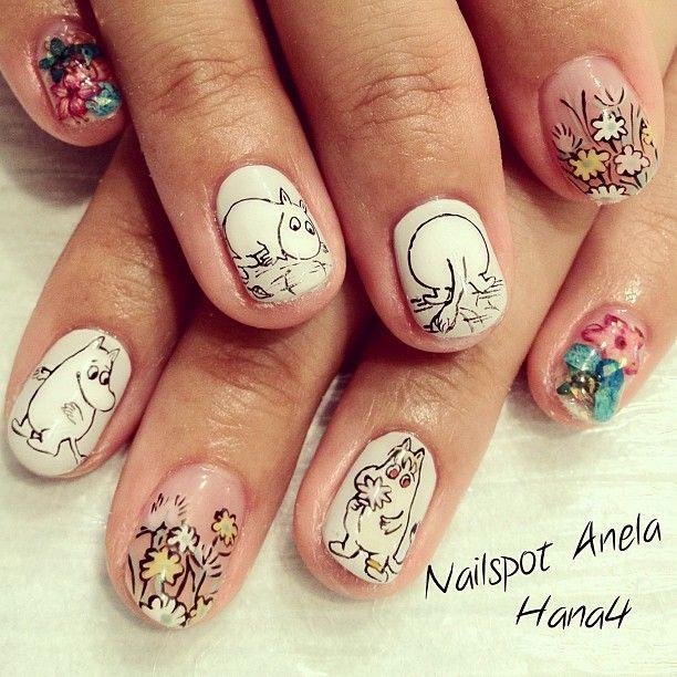 moomin nails :D