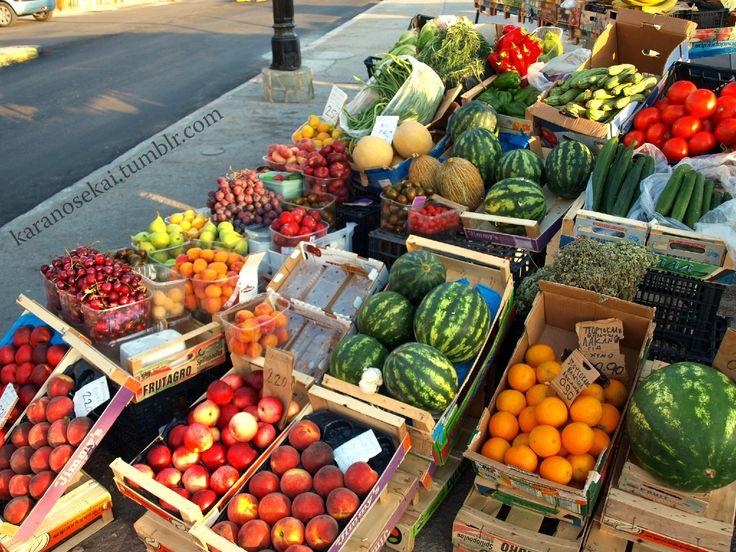 Taste the mediterranean fruits at Aegina´s Port #aegina #greece