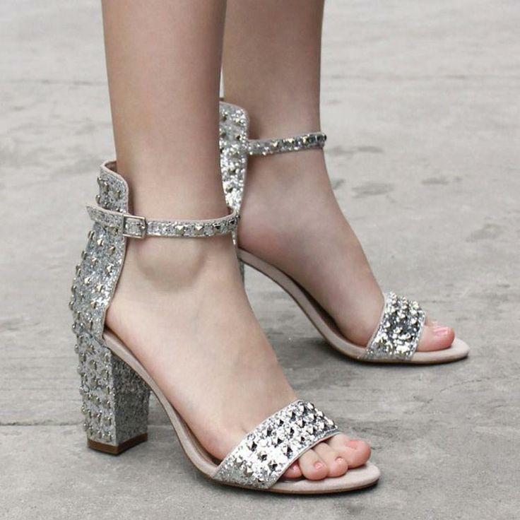 2014 новые сандалии заклепки серебряные сандалии подлинные европейской и американской моды темперамент туфли на высоком каблуке - Taobao