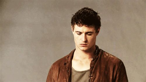 His full name is Maximilian Paul Diarmuid Irons. LIKE A BOSS. | 29 Reasons To Fall In Love With Max Irons