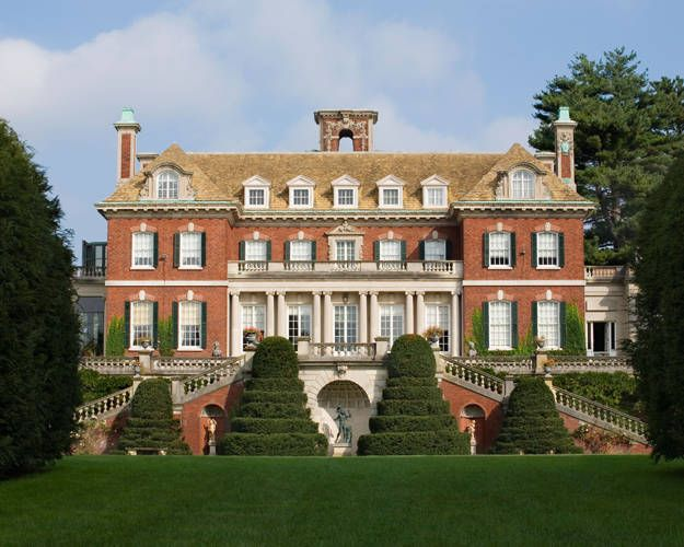 Old Westbury House, Westbury Gardens from the South Lawn in Westbury, Long Island. George A. Cawley and Grosvenor Atterbury, ca. 1906